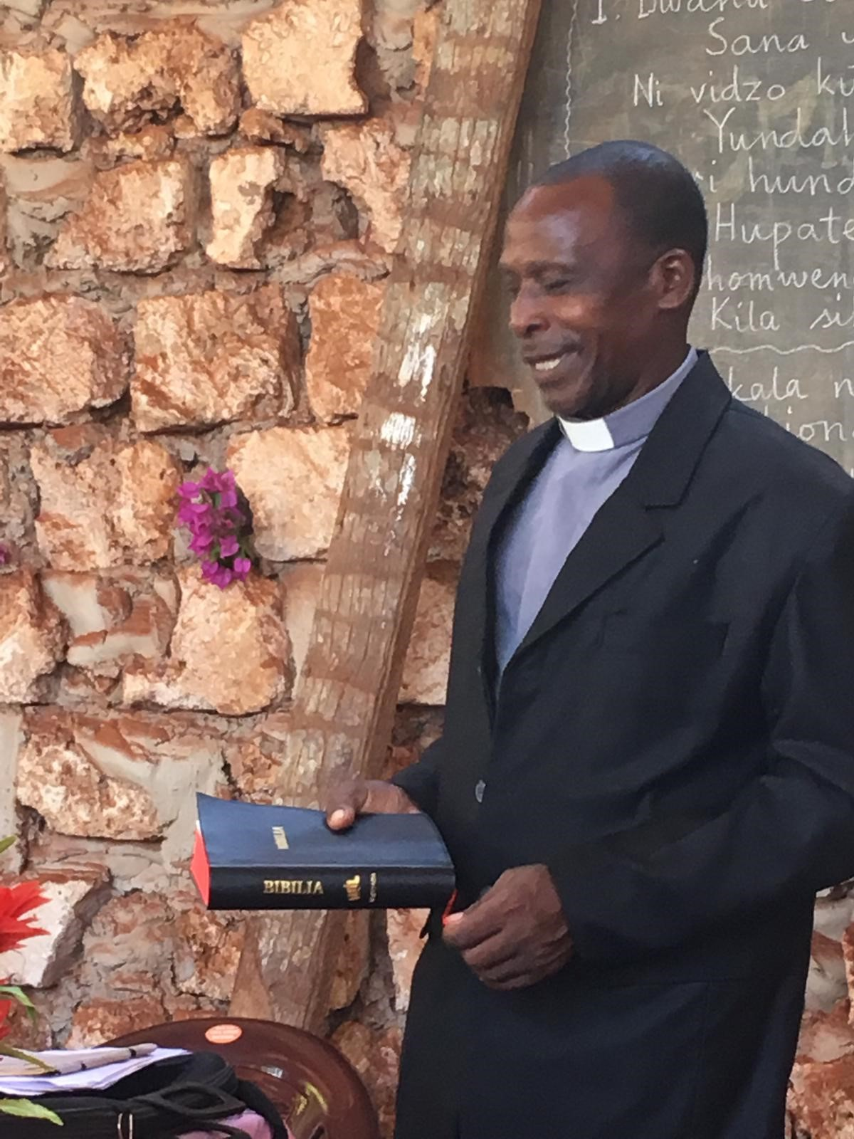 Leader with new Bible translation