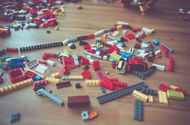 Lego bricks - building your knowledge